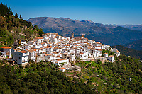 Spain, Andalusia, Province Málaga, Algatocin: pueblo blanco at Sierra Bermeja mountains   Spanien, Andalusien, Provinz Málaga, Algatocin: weisses Dorf am Fusse der Sierra Bermeja