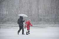 UK Weather: Heavy flurries of snow fall in Aberystwyth, west Wales,  on a cold February morning in Aberystwyth, west Wales, UK. Tuesday 06 February 2018. <br /> The Met Office has issued a &lsquo;yellow&rsquo; warning for snow and ice, as a band of sleet and snow moves in from the west, to cover much of Wales and the north of England