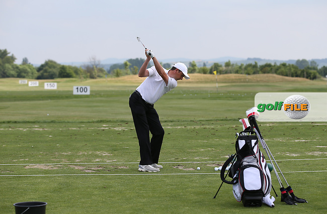 Preparing the swing Peter Lawrie (IRL) during the practice day ahead of the 2015 Lyoness Open powered by Greenfinity at the Diamond Country Club, Atzenbrugg, Vienna, Austria. 09/06/2015. Picture: Golffile | David Lloyd<br /> <br /> All photos usage must carry mandatory copyright credit (&copy; Golffile | David Lloyd)