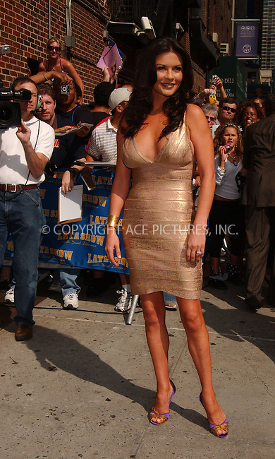 WWW.ACEPIXS.COM . . . . .....July 25, 2007. New York City,....Actress Catherine Zeta-Jones arrives at 'The Late Show with David Letterman' at the Ed Sullivan Theater in New York City,..  ....Please byline: Kristin Callahan - ACEPIXS.COM..... *** ***..Ace Pictures, Inc:  ..Philip Vaughan (646) 769 0430..e-mail: info@acepixs.com..web: http://www.acepixs.com