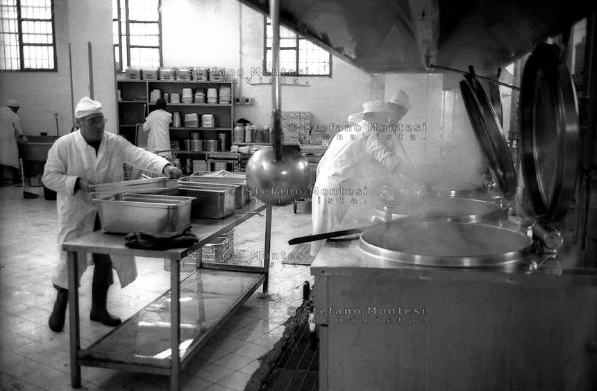 Roma 2000.Carcere di Regina Coeli.Le cucine  . Regina Coeli (Queen of Heaven) Prison..The kitchen