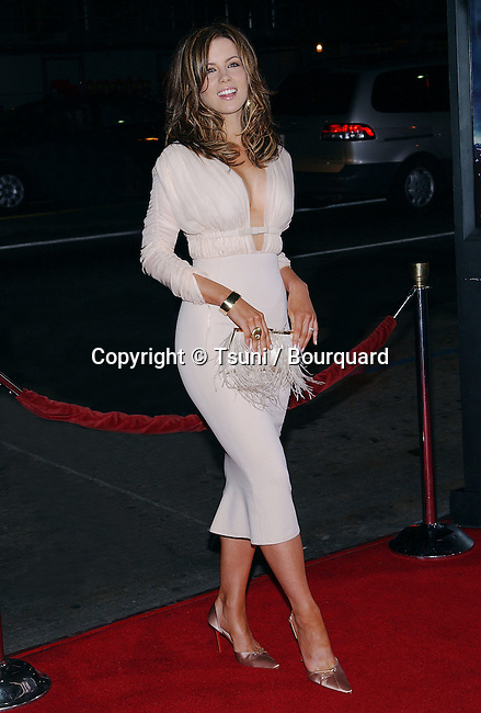"Kate Beckinsale arriving at the "" Underworld Premiere "" at the Chinese Theatre in Los Angeles. September 15, 2003."