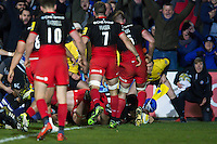 Leroy Houston of Bath Rugby scores a try in the corner. Aviva Premiership match, between Bath Rugby and Saracens on April 1, 2016 at the Recreation Ground in Bath, England. Photo by: Patrick Khachfe / Onside Images