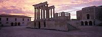 Europe/France/Provence-Alpes-Côte d'Azur/13/Bouches-du-Rhône/Marseille : Les iles du Frioul - Hôpital Caroline - Le temple