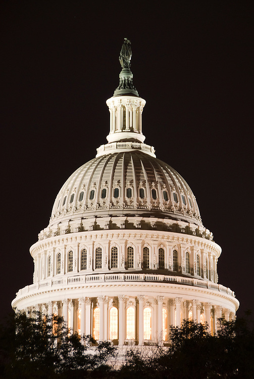 Washington DC; USA: Night photography of the icons along the Mall.  Photo of the Capitol dome..Photo copyright Lee Foster Photo # 19-washdc80717