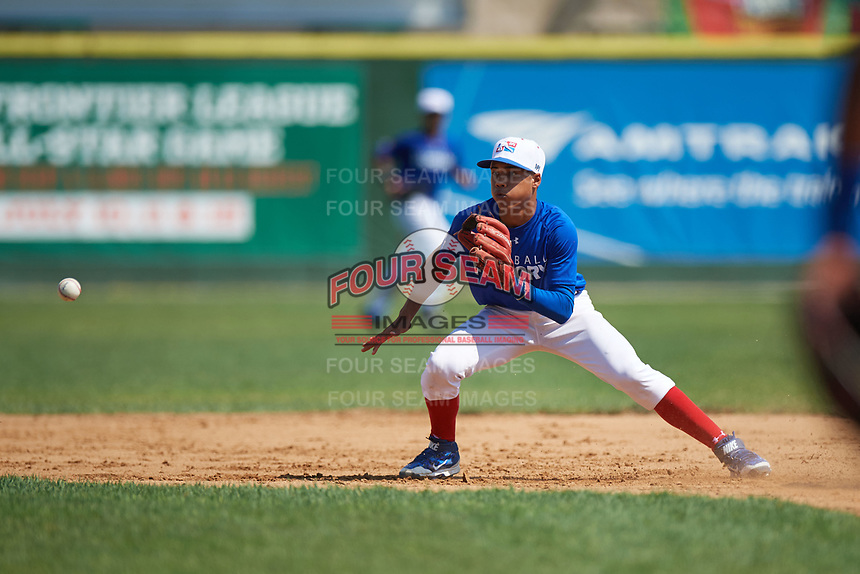 Shortstop Brenny Escanio (5) waits for a throw while covering second base during the Dominican Prospect League Elite Underclass International Series, powered by Baseball Factory, on July 31, 2017 at Silver Cross Field in Joliet, Illinois.  (Mike Janes/Four Seam Images)