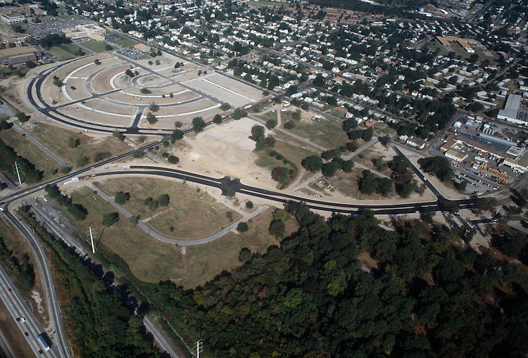 1988 October ..Redevelopment.MiddleTowne Arch..CAPTION...NEG#.NRHA#..