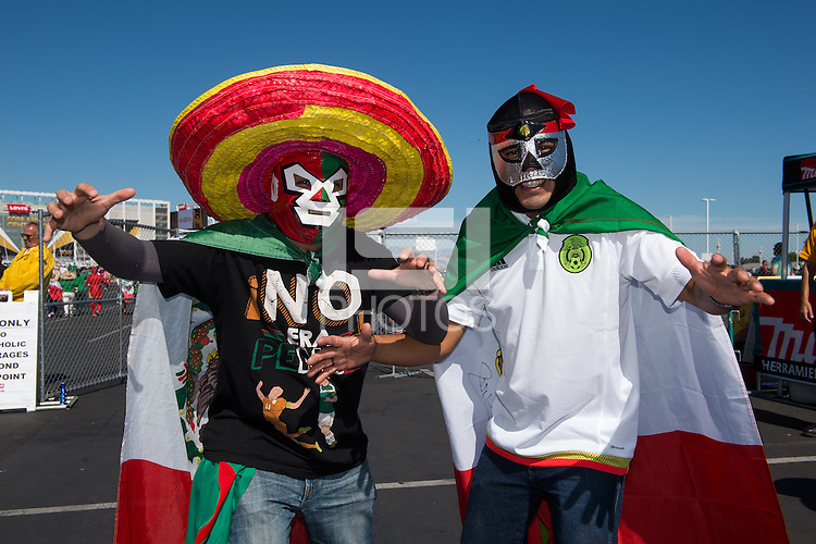 Photo before the match Mexico vs Chile, Corresponding to the quarterfinals of the America Cup Centenary 2016 at Levis Stadium.<br /> <br /> Foto previo al partido Mexico vs Chile, Correspondiente a los Cuartos de Final de la Copa America Centenario 2016, en el Estadio Levis, en la foto: Fans<br /> <br /> <br /> 18/06/2016/MEXSPORT/Jorge Martinez.