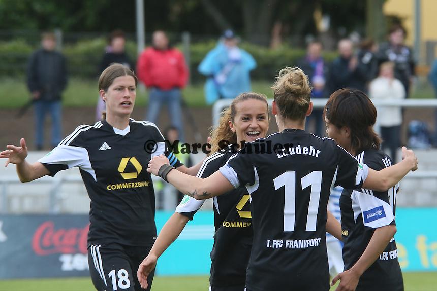 Torjubel um Fatmire Alushi (FFC) beim 1:0 - 1. FFC Frankfurt vs. MSV Duisburg