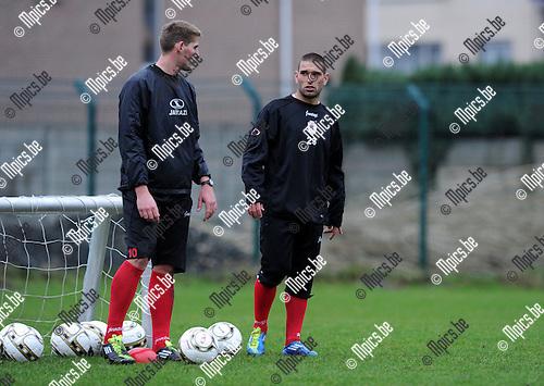 2012-01-03 / Voetbal / seizoen 2011-2012 / R. Antwerp FC / Bruno Alexandre Da Silva Carvalho op training bij Antwerp. Hier naast Kevin Oris..Foto: Mpics.be