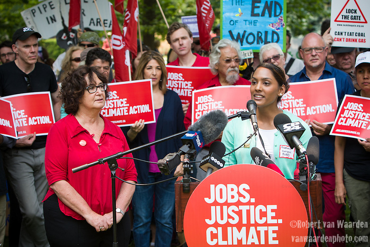 Anastasia Harripaul speaks at the Press Conference before the Jobs, Justice and Climate march in Toronto. On July 5th more than 10,000 people gathered in Toronto, the traditional territories of the Missisauga peoples, for the March for Jobs, Justice and the Climate. The march told the story of a new economy that works for people and the planet. People marched for an economy that starts with justice, creates good work, clean jobs and healthy communities. The people recognize that we have solutions and we know who is responsible for causing the climate crisis. (Photo: Robert van Waarden)