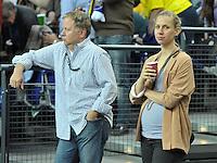 Handball Frauen Champions League 2013/14 - Handballclub Leipzig (HCL) gegen RK Krim Ljubljana am 13.10.2013 in Leipzig (Sachsen). <br /> IM BILD: Dirk Th&auml;richen / Thaerichen und Katja Sch&uuml;lke / Schuelke <br /> Foto: Christian Nitsche / aif