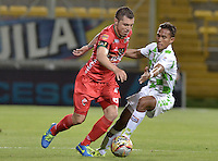 BOGOTA -COLOMBIA, 28-08-2015. Leonardo Pico de Patriotas FC disputa el balón con Henry Hernandez del Boyaca Chico FC durante partido por la fecha 9 de la Liga Aguila II 2015 realizado en el estadio  Metropolitano de Techo de Bogotá./ Leonardo Pico of Patriotas FC struggles the ball with Henry Hernandez of Boyaca Chico FC during match for the 9th date of Aguila  League II 2015 played at  Metropolitano de Techo stadium in Bogota. Photo: VizzorImage / Gabriel Aponte / Staff