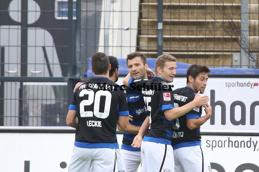 Torjubel um Edmond Kapllani (FSV) beim 2:0 - FSV Frankfurt vs. FC Erzgebirge Aue, Frankfurter Volksbank Stadion