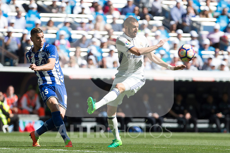 Theo Hernandez of Club Deportivo Alaves and Karim Benzema of Real Madrid during the match of  La Liga between Real Madrid and Deportivo Alaves at Bernabeu Stadium Stadium  in Madrid, Spain. April 02, 2017. (ALTERPHOTOS / Rodrigo Jimenez)