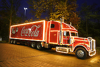 Coca-Cola Weihnachtstruck an der Commerzbank Arena - 18.11.2019: Deutschland Abschlusstraining, Commerzbank Arena Frankfurt, EM-Qualifikation DISCLAIMER: DFB regulations prohibit any use of photographs as image sequences and/or quasi-video.