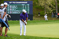 Harold Varner III (USA) chips on to the green on 5 during round 4 of the 2019 PGA Championship, Bethpage Black Golf Course, New York, New York,  USA. 5/19/2019.<br /> Picture: Golffile | Ken Murray<br /> <br /> <br /> All photo usage must carry mandatory copyright credit (© Golffile | Ken Murray)