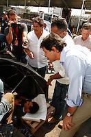 ATENÇÃO EDITOR: FOTO EMBARGADA PARA VEÍCULOS INTERNACIONAIS. SAO PAULO, 17 DE SETEMBRO DE 2012.  ELEIÇAO 2012 SAO PAULO - FERNANDO HADDAD.  O candidato do PT a prefeitura de Sao Paulo, Fernando Haddad, durante visita ao CEAGESP - Companhia de Entrepostos e Armazéns Gerais de São Paulo na tarde desta segunda feira na Vila Leopoldina na zona Oeste da capital paulista. FOTO ADRIANA SPACA - BRAZIL PHOTO PRESS