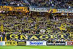 Solna 2015-10-04 Fotboll Allsvenskan AIK - Malm&ouml; FF :  <br /> AIK:s supportrar med en halsdukar och banderoller inf&ouml;r matchen mellan AIK och Malm&ouml; FF <br /> (Foto: Kenta J&ouml;nsson) Nyckelord:  AIK Gnaget Friends Arena Allsvenskan Malm&ouml; MFF supporter fans publik supporters