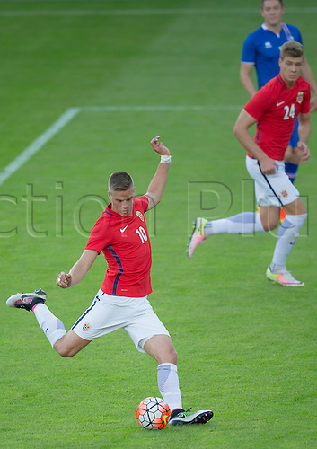 01.06.2016  Ullevaal Stadion, Oslo, Norway.  Markus Henriksen of Norway crosses into the box during the International Football Friendly match between Norway versus Iceland at  Ullevaal Stadion in Oslo, Norway.