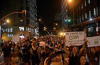 SÃO PAULO,SP, 18 Junho 2013 - sexto ato de Manifestacao pela reducao do valor das passagem que acontece nesta terca feira 18 na regiao central de Sao Paulo. FOTO ALAN MORICI - BRAZIL FOTO PRESS