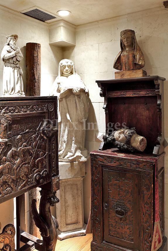 baroque style sculptures