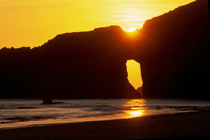 Sunset from Second Beach, Olympic Natiional Park, Washington, US