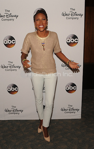 """New York,NY- May 14: Robin Roberts attends """"A Celebration of Barbara Walters"""" in New York City on May 14, 2014 in New York City Credit: John Palmer/MediaPunch"""