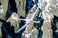 ASW 22 in den Seealpen: EUROPA, FRANKREICH, ITALIEN (EUROPE, GERMANY), 09.05.2004:ASW 22 in den Seealpen