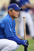 Chin-Lung Hu of the Los Angeles Dodgers during batting practice before a 2007 MLB season game at Dodger Stadium in Los Angeles, California. (Larry Goren/Four Seam Images)