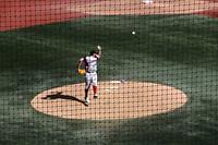 Johnny Monel de Puerto Rico espera su turno al bat en la caja de bateo. <br /> .<br /> Acciones, durante el partido de beisbol entre<br /> Criollos de Caguas de Puerto Rico contra las &Aacute;guilas Cibae&ntilde;as de Republica Dominicana, durante la Serie del Caribe realizada en estadio Panamericano en Guadalajara, M&eacute;xico,  s&aacute;bado 4 feb 2018. <br /> (Foto  / Luis Gutierrez)