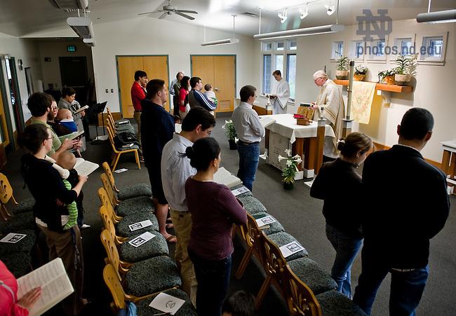 Apr. 15, 2012; Sunday Mass at the University Village Community Center..Photo by Matt Cashore/University of Notre Dame