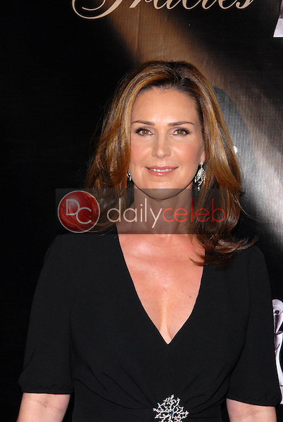 Peri Gilpin<br /> at the 35th Annual Gracie Awards Gala, Beverly Hilton, Beverly Hills, CA. 05-25-10<br /> David Edwards/DailyCeleb.Com 818-249-4998
