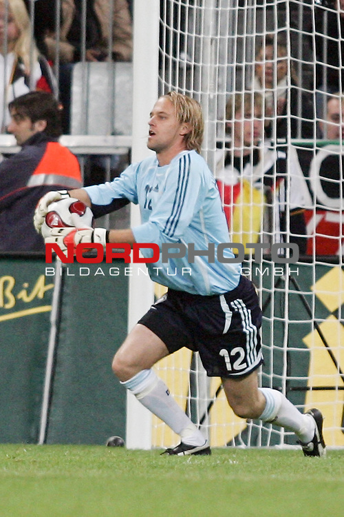 Qualifikation EM 2007 Gruppe: D - Deutschland (GER) vs. Tschechien (CZ). <br /> <br /> Torh&uuml;ter Timo Hildebrand (Deutschland #12).<br /> <br /> <br /> Foto &copy; nph (  nordphoto  )<br /> <br /> <br /> <br />  *** Local Caption ***