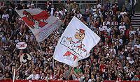 FUSSBALL   EUROPA LEAGUE   SAISON 2012/2013   20.09.2012 VfB Stuttgart - FC Steaua Bukarest VfB Stuttgart Fans vom Commando Canstatt mit einer Fanfahne