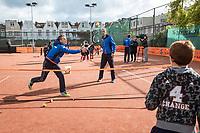 The Hague, The Netherlands, September 13, 2017,  Sportcampus , Davis Cup Netherlands - Chech Republic, Streettennis with Tallon Griekspoor (L) and Thiemo de Bakker (NED)<br /> Photo: Tennisimages/Henk Koster