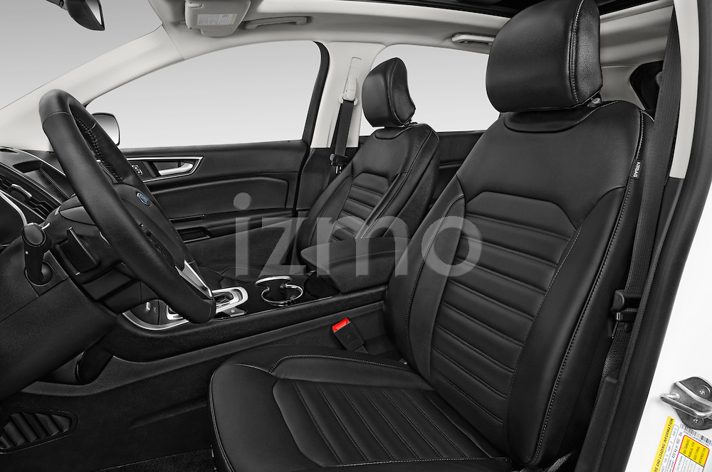 Front seat view of a 2018 Ford Edge SEL 5 Door Suv Front Seat car photos