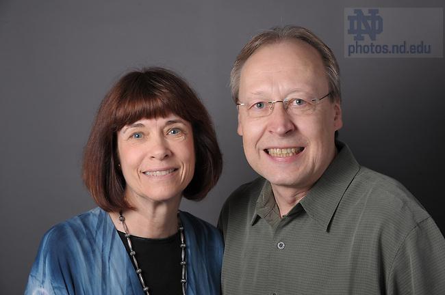 Sallie Hood and Ronald Sakal for Forum blog..Photo by Matt Cashore/University of Notre Dame