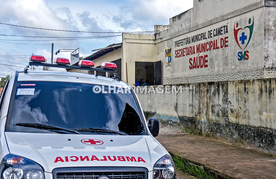 Ambulancia e Secretaria Municipal de Saude, Cameta. Para. 2017. Foto Luciana Whitaker