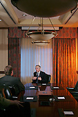 Oklahoma City, Oklahoma.USA.January 29, 2004..General Wesley Clark does a local TV interview at a hotel.