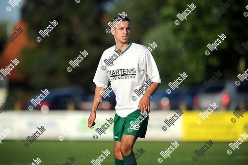 2013-08-31 / Voetbal / seizoen 2013-2014 / Minderhout - Kasterlee /  Aznag Mohammed<br /><br />Foto: Mpics.be