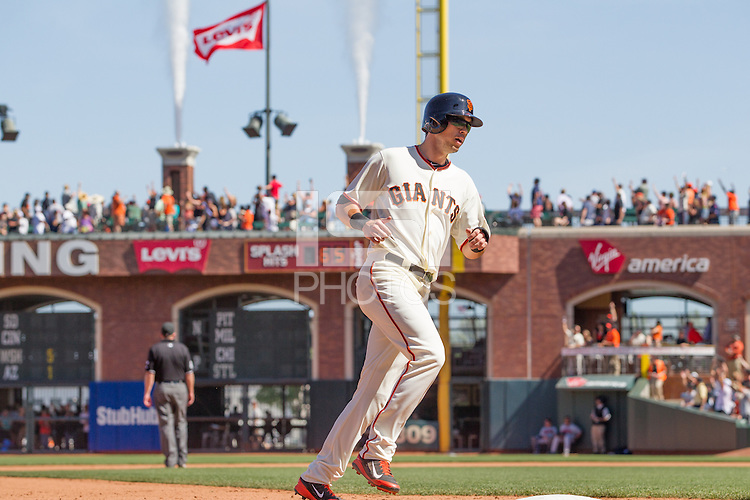 San Francisco, California - Wednesday, May 14, 2014: The San Francisco Giants beat the Atlanta Braves 10-4 during a Major League Baseball (MLB) game at AT&T Park.