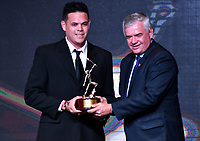 BOGOTÁ-COLOMBIA, 03-12-2019: Giovanni Ushela, Premio Especial-Beisbol, durante ceremonia de premiación del Deportista Altius del Año 2019, por el Comité Olímpico Colombiano (COC), en ceremonia realizada en el Hotel Grand Hyatt en la ciudad de Bogotá. / Giovanni Ushela, Special Prize-Baseball, during the award ceremony of the Altius Athlete of the Year 2019, by the Colombian Olympic Committee (COC), in a ceremony held at the Grand Hyatt Hotel in the city of Bogotá., during the award ceremony of the Altius Athlete of the Year 2019, by the Colombian Olympic Committee (COC) in a ceremony held at the Grand Hyatt Hotel in the city of Bogotá. Photo: VizzorImage / Luis Ramírez / Staff.