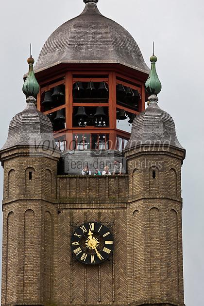 Europe/France/Nord-Pas-de-Calais/59/Nord/Bergues: le beffroi qui abrite le carillon - Beffroi inscrit au Patrimoine Mondial UNESCO