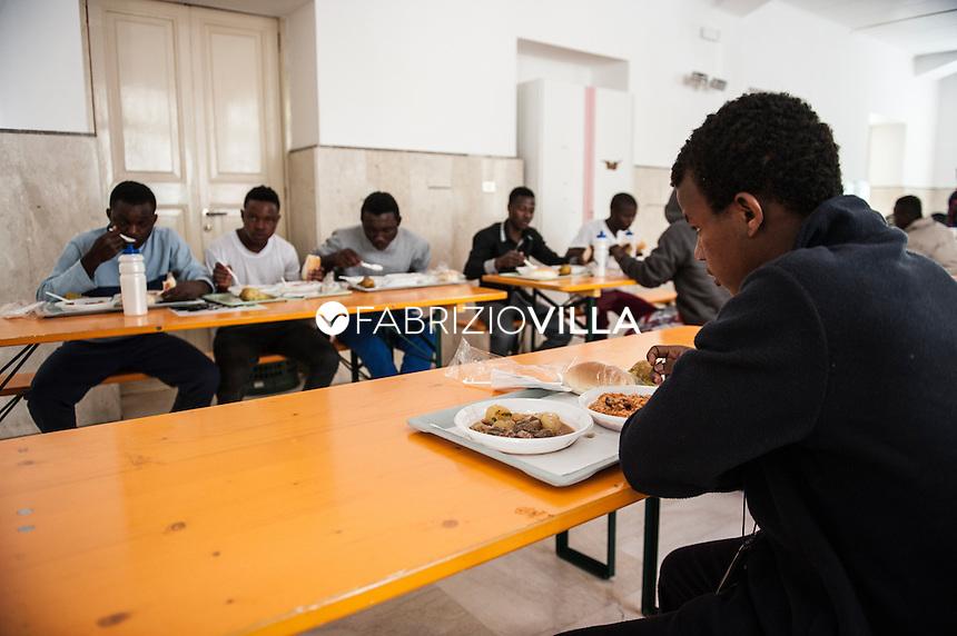 Messina 4 maggio 2015. Centro di prima accoglienza per minori migranti della Prefettura di Messina. Ph Fabrizio Villa
