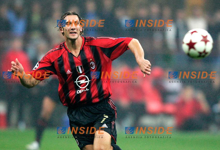 Shevchenko <br /> Champions League 2004/2005<br /> Milan Barcellona Champions League<br /> Foto Barone Insidefoto