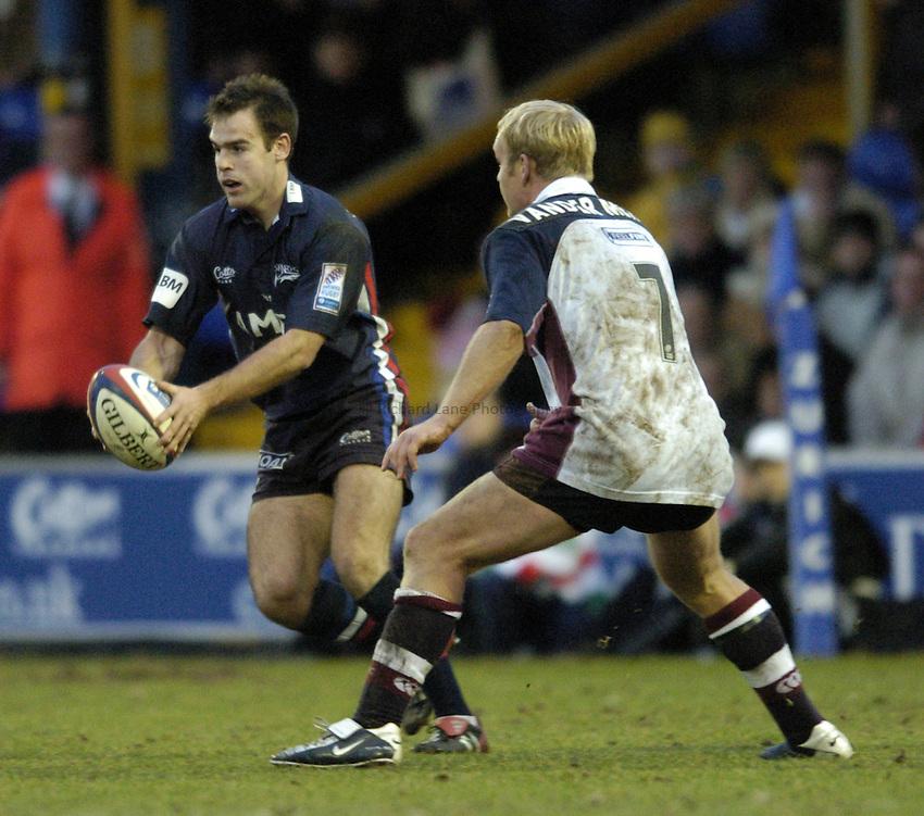 Photo. Jed Wee..Sale Sharks v Rotherham Titans, Zurich Premiership, Edgeley Park, Stockport. 27/12/2003..Sale's Charlie Hodgson (L).