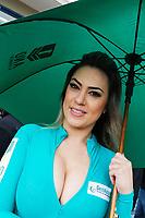 CURITIBA,PR, -02.07.2017 - STOCK CAR-PR - Modelos durante a corrida do milhão da stock car em Curitiba (PR), na manhã deste domingo(02), no autódromo internacional de Pinhais, região metropolitana de Curitiba (PR).(Foto: Paulo Lisboa/Brazil Photo Press/Folhapress)