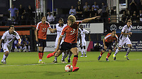 Cameron McGeehan of Luton Town scores from the penalty spot to put his side into the lead during the Sky Bet League 2 match between Luton Town and Newport County at Kenilworth Road, Luton, England on 16 August 2016. Photo by Liam Smith.