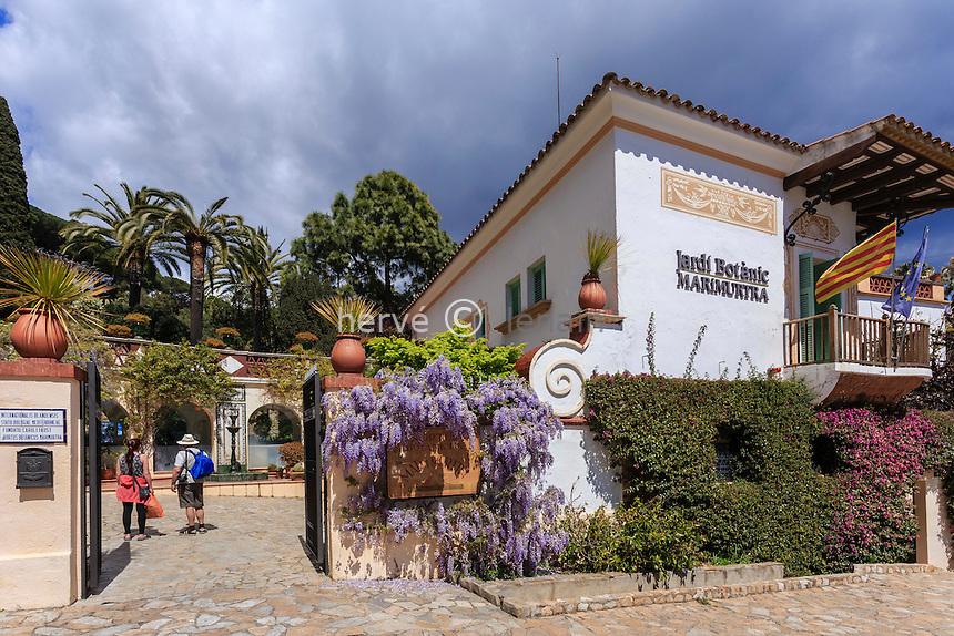 Espagne, Catalogne, Costa Brava, Blanes, Jardin botanique Marimurtra, l'entrée du jardin  // Spain, Catalonia, Costa Brava, Blanes, Marimurtra Botanical Garden